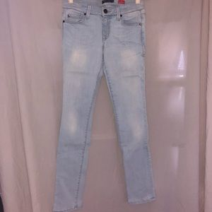 Level 99 Lily Skinny Straight Jeans Size 28